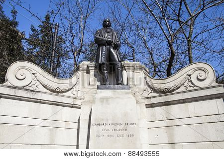 Isambard Kingdom Brunel Statue In London