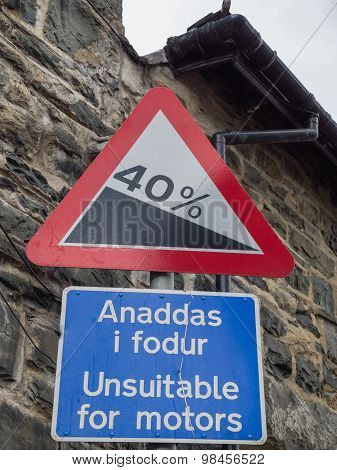 Welsh traffic sign