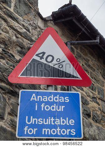 Welsh traffic sign