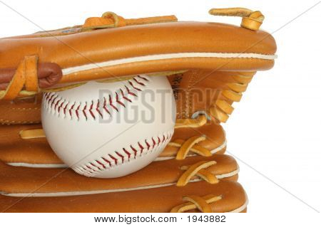 Beisebol Catcher Mitt com bola isolada no branco fundo Close Up