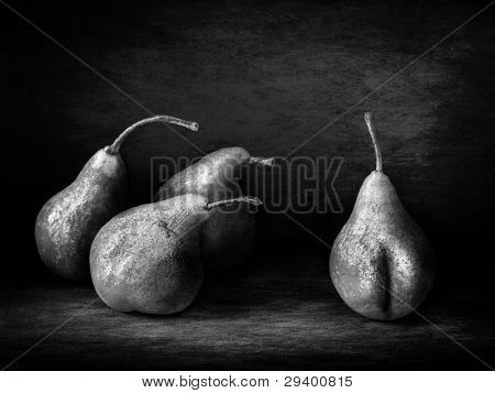 funny pear peeper