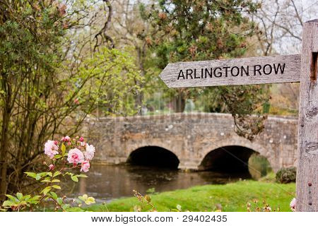 Signpost to Arlington Row in Bibury