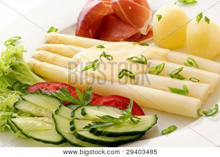 Asparagus with vegetable