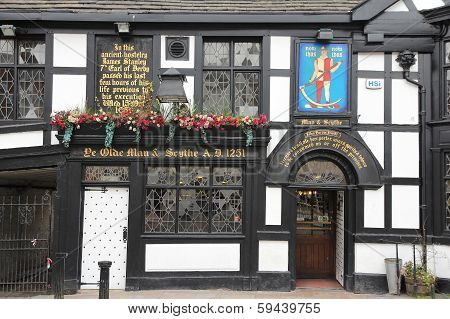 Old Pub In England