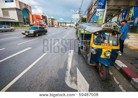BANGKOK, THAILAND - JULY 29, 2007: Traditional street taxi