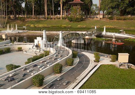 Pathom Boromarachanusorn Bridge In Mini Siam Park