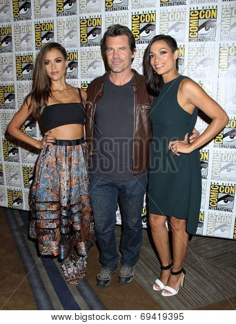 SAN DIEGO - JUL 26:  Jessica Alba, Josh Brolin, Rosario Dawson at the