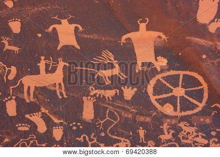 Indian Petroglyphs, Newspaper Rock State Historic Monument, Utah, Usa