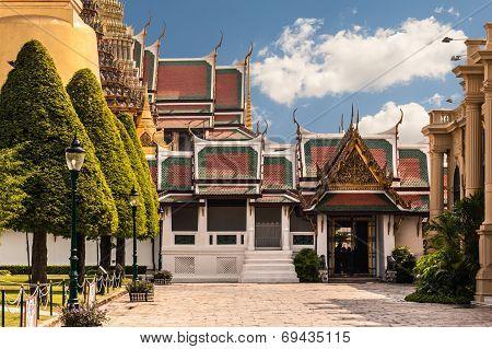 Wat Phra Kaew Entrance