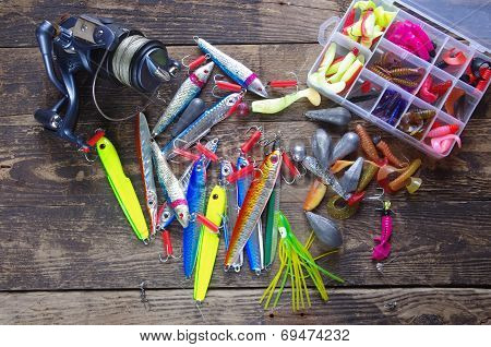Metal Angling Bait And Reel