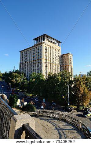 Hotel Ukraine, Kiev