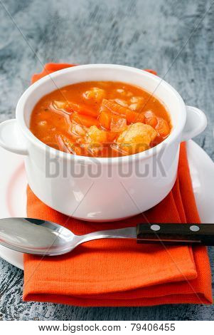 Cauliflower, Carrot And Rice Tomato Soup
