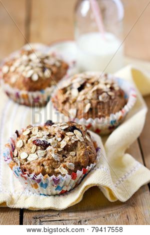 Apple And Berry Wholewheat Crumble Muffin