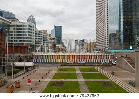 Paris. La Defense Esplanade.