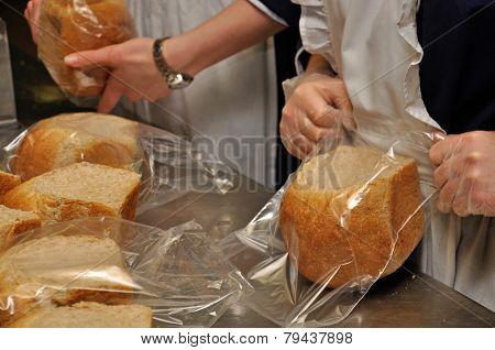 Bagging Bread