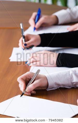 Signing Girl