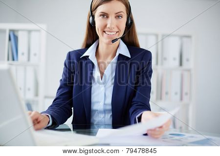 Portrait of a smiling secretary looking at camera