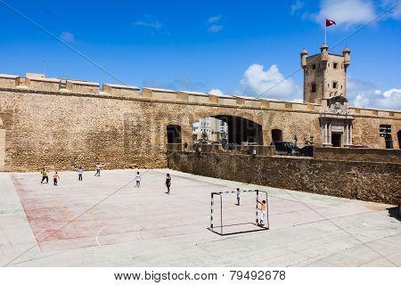Cadiz City Gate