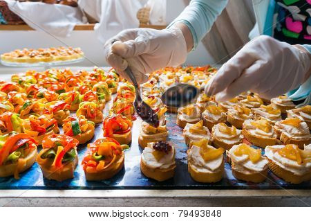 Ornating Catering Food Specialities