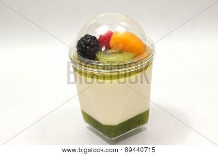 Dessert Mousse And Kiwi  With  Mixedfruit