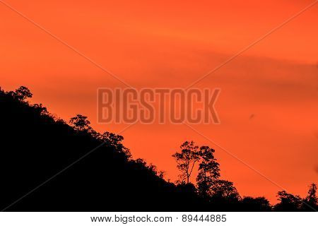 silhouetted mountians