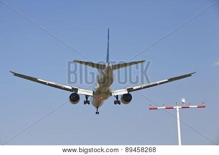 Frankfurt International Airport (germany) - Landing Approach