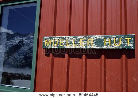 Mueller Hut In Southern Alps In Nz.