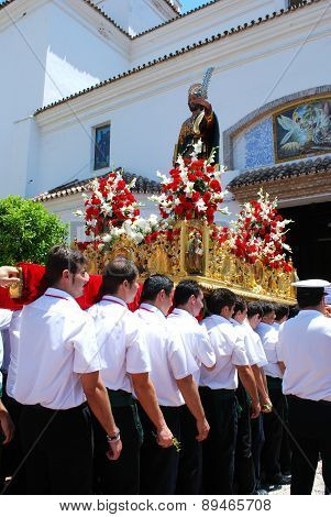 Bearers carrying Saint Bernard Float.