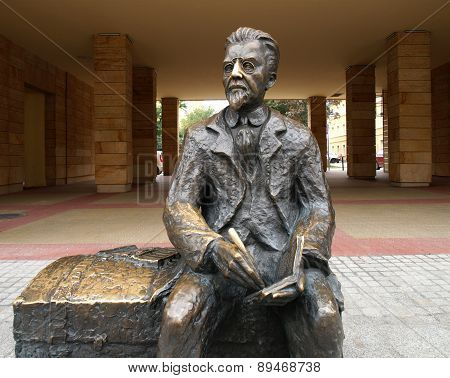 Monument to Polish poet Wladyslaw Reymont in Lodz. Poland.
