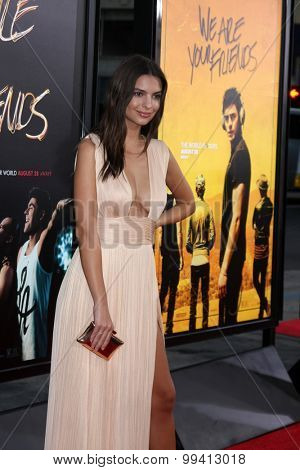 LOS ANGELES - AUG 20:  Emily Ratajkowski at the