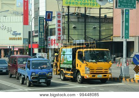 Many Vehicles On Street In Taichung