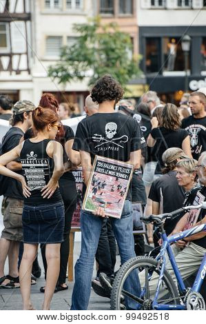 Sea Shepherd Protesting Against Slaughter Pilot Whales Arrest Of 7 Crew Members