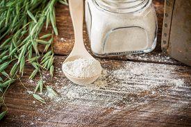 picture of oats  - Oat flour - JPG