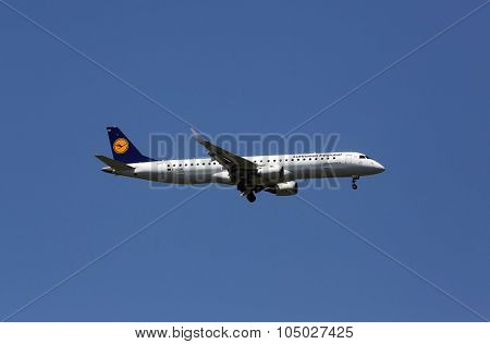 ZAGREB, CROATIA - JUNE 10: An Embraer ERJ-195, registration D-AEMA of Lufthansa CityLine landing at Zagreb Airport Pleso on June 10, 2015.