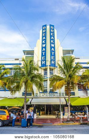 Breakwater Building With Art Deco Style In Miami Beach