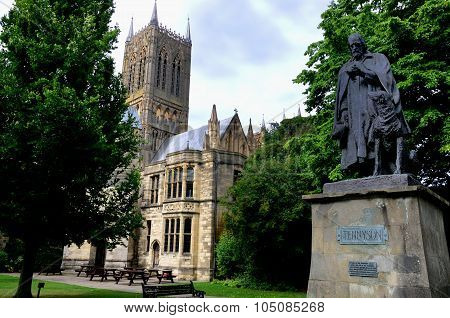 Cathedral and statue of Tennyson