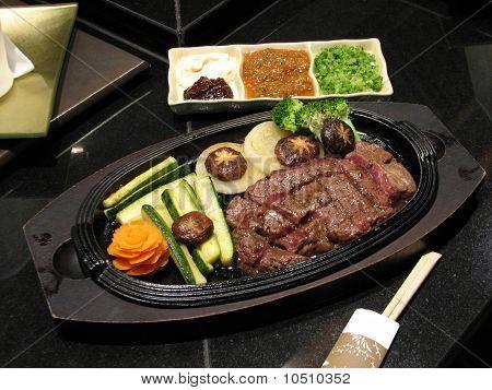 Rindfleisch teppanyaki