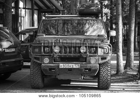 Black Hummer H2 Car, Front View, Black And White