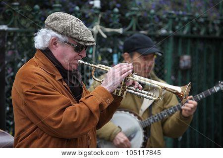 PARIS - APRIL 27: Unidentified musician play before public outdoors on April 27 2013 in Paris France