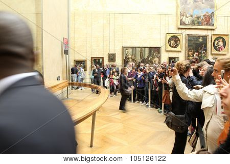 Paris - May 3: Visitors Take Photo Of Leonardo Davinci's