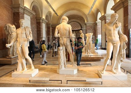 Paris - May 3: Visitors At The Louvre Museum, May 3, 2013 In Par