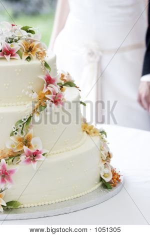 Wedding Cake And Couple