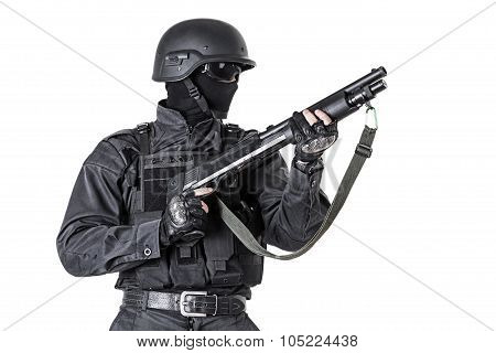 police officer with shotgun