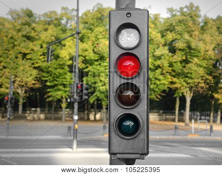 Traffic lights red.