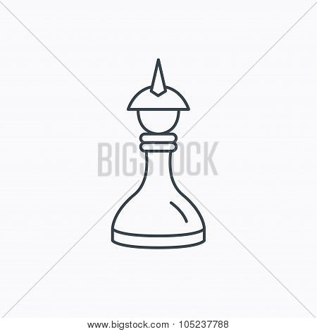 Strategy icon. Chess queen or king sign.