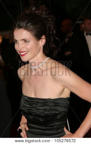 CANNES, FRANCE - MAY 21: Actress Julia Ormond attends the 'Surveillance' premiere at the Palais des Festivals during the 61st International Cannes Film Festival on May 21, 2008 in Cannes, France.