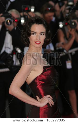 CANNES, FRANCE - MAY 18: Paz Vega arrives at the Indiana Jones  Premiere at the Palais des Festivals during the 61st International Cannes Film Festival on May 18 , 2008 in Cannes, France