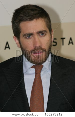 ROME - OCTOBER 21: Actor Jake Gyllenhaal attend a photocall for the movie 'Rendition' during day 4 of the 2nd Rome Film Festival on October 21, 2007 in Rome, Italy
