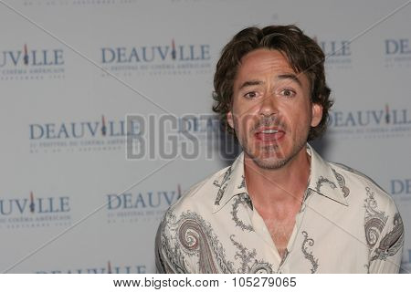 DEAUVILLE, FRANCE - SEPTEMBER 04: Actor Robert Downey Jr. poses at the photocall for 'Kiss Kiss, Bang Bang' at the 31st Deauville Festival Of American Film on September 4, 2005 in Deauville, France.