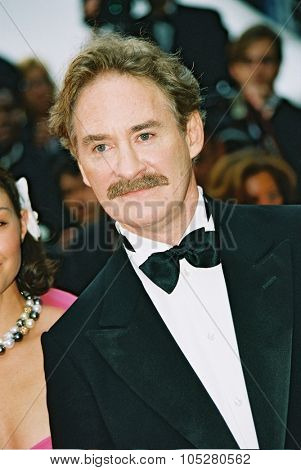 CANNES, FRANCE - MAY 22: Actor Kevin Kline arrives at the 57th  Cannes Film Festival closing ceremony  at the Palais de festival during the 57th Cannes Film Festival on May 22, 2004 in Cannes, France